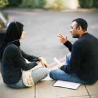 Studentstalkingonsteps_1